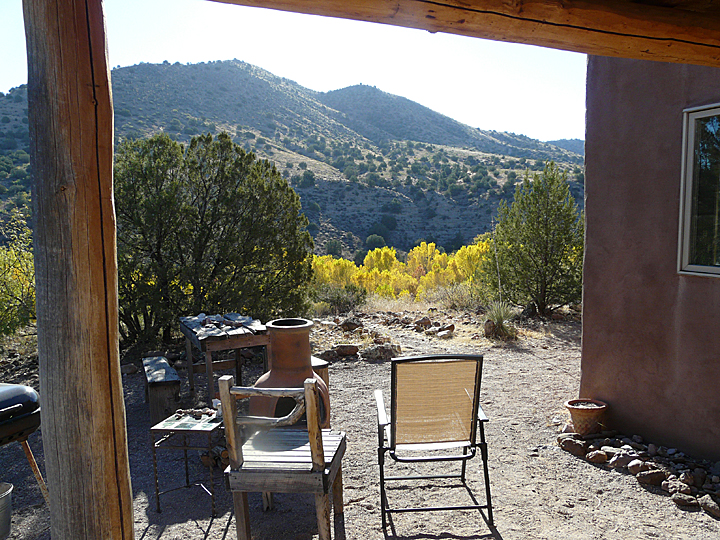 casitas de gila guesthouses  brilliant fall color