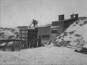 "Gila fluorspar mill of the Metals Reserve Corporation, circa 1944 (from New Mexico Bureau of Mines and Mineral Resources Bulletin 21, ""Fluorspar Resources of New Mexico"", 1946)"