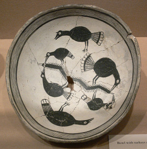 Mogollon Culture Mimbres Phase bowl showing wild turkeys feeding on a large centipede. (Source: wikimedia.org)